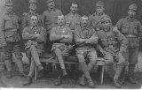 Pan Vachutík z Podolí (první zleva)